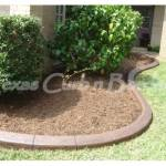 WHAT ARE THE BENEFITS OF CONCRETE LANDSCAPE CURBING?